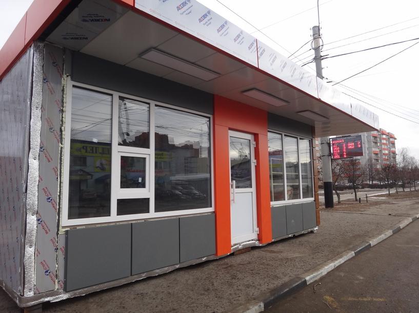 На Советской заменили остановочный павильон