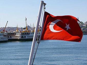 ЛДПР предложила запретить россиянам ездить в Турцию