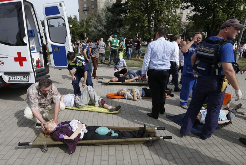 Жертвами трагедии в московском метро стали 10 человек