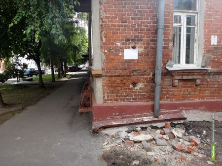 Памятник архитектуры угрожает жизни тамбовчан