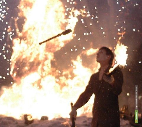 Тамбовчане проводят год металлического кролика огнем