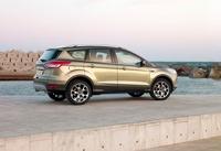 Кроссовер нового поколения Ford Kuga упал в цене