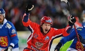 Десятикратные: сборная России по бенди разгромила финнов и выиграла чемпионат мира