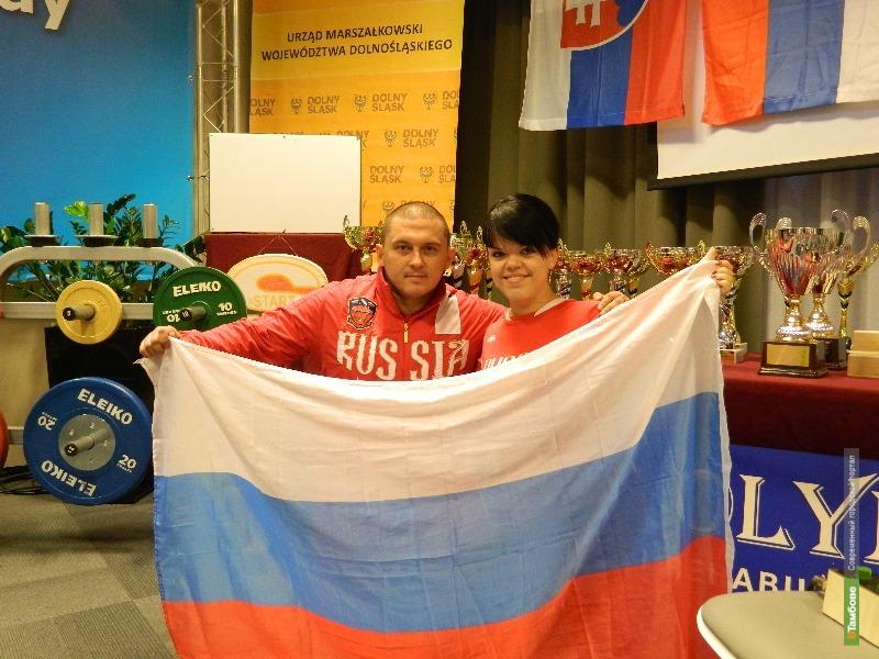 Спортсменка из Тамбова победила на турнире по пауэрлифтингу