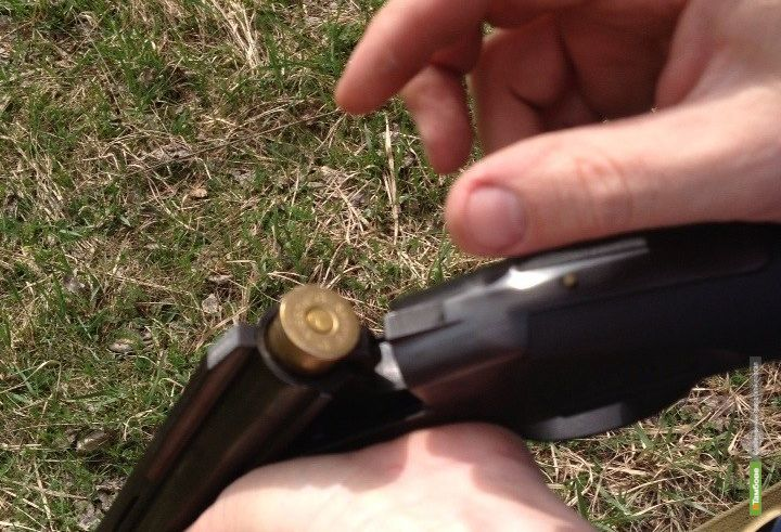 Двое тамбовчан незаконно хранили оружие и боеприпасы