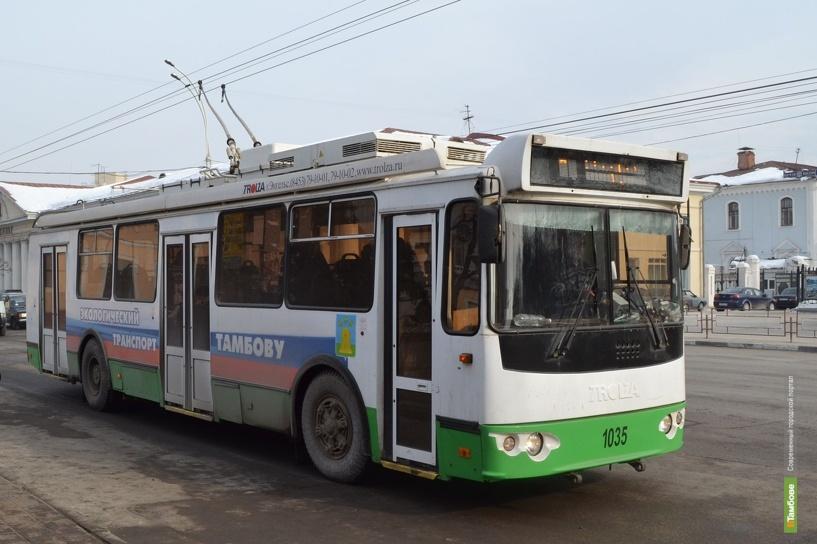 По Тамбову курсирует первый троллейбус с электронной кассой