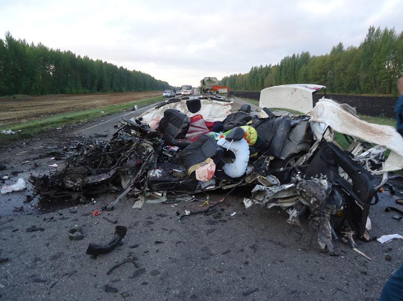 Среди погибших в утреннем ДТП в Мордовском районе годовалый малыш