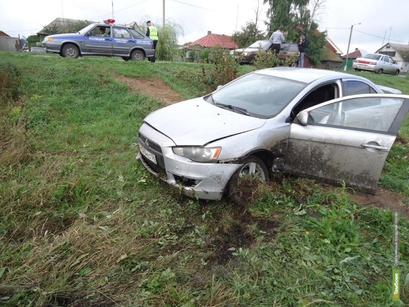 В Рассказовском районе в аварию попала юная автомобилистка