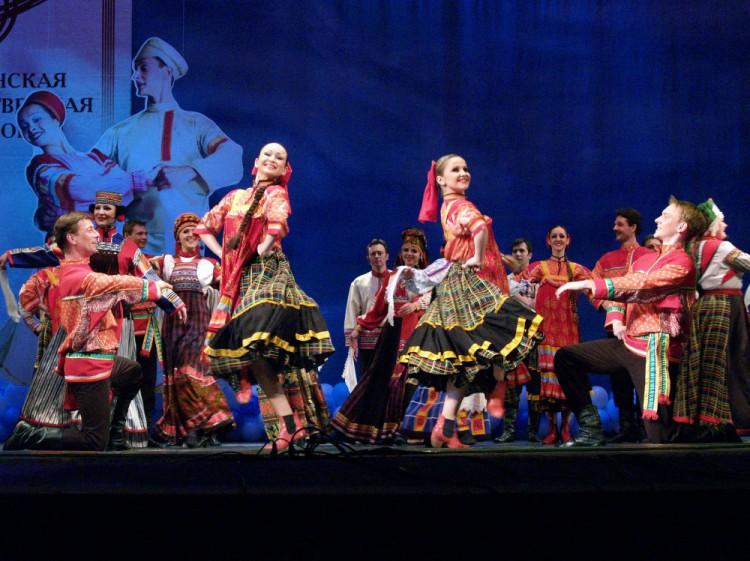 Ансамбль песни и танца «Ивушка» покорил сердца немецких зрителей