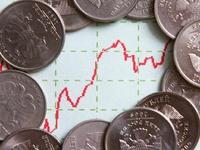 В мае рубль ослаб по отношению к доллару на 3,3%
