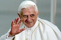 Time назвал Папу Римского человеком года