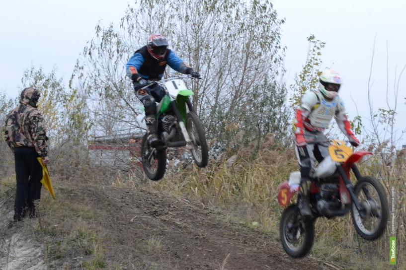 В Тамбове чемпионат по мотокроссу отложили до лучших времён