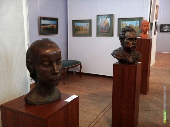 В тамбовской «картинке» начинает работу двойная выставка