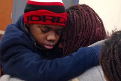 Happy end: в США мать нашла сына за потайной стеной в доме бывшего мужа