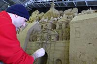 В Японии построили Великобританию из песка