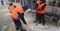 Тамбовские дорожники чистят улицы от снега и наледи