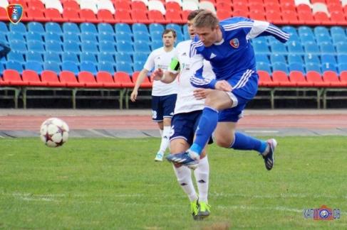 ФК «Тамбов» расстался сразу с двумя полузащитниками