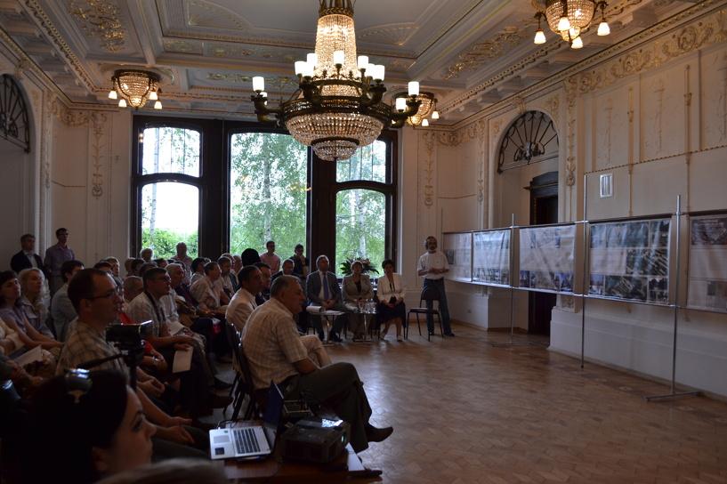 Музейщики Тамбова и Петергофа поспорили из-за фонтанов в усадьбе Асеева