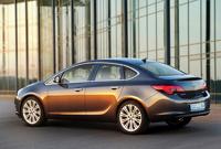Opel показал новую «Астру» в кузове седан