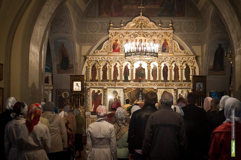 Тамбовский Вознесенский женский монастырь встретил православные святыни