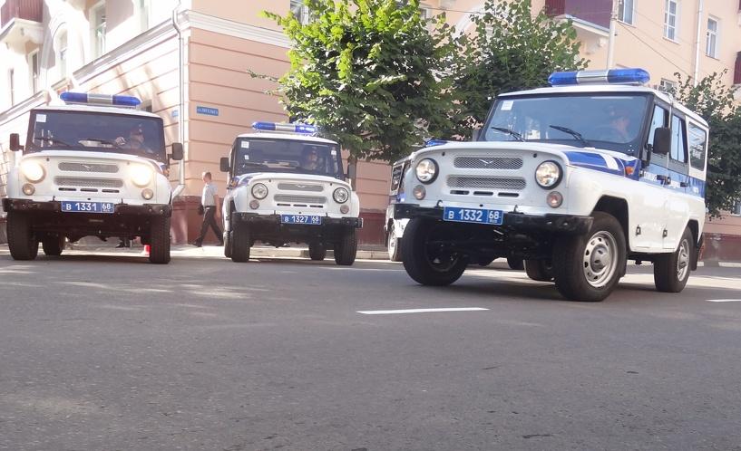 Жителей Тамбова задержали в Курской области по подозрению в совершении кражи