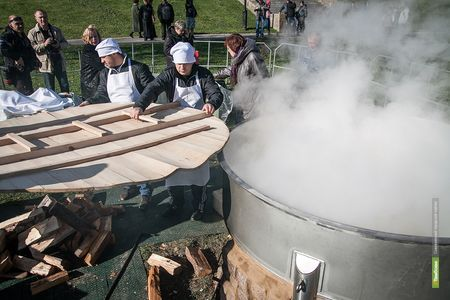 В канун Дня города тамбовчан накормят кашей