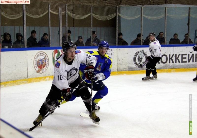 В стан тамбовских хоккеистов вернулся нападающий