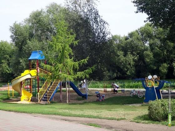В Тамбове отремонтируют детские площадки