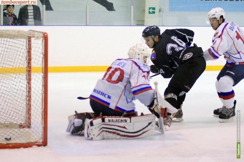 Игроку ХК «Тамбов» стало плохо во время матча со смоленским «Славутичем»