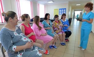 Страну ждет серьезный спад рождаемости