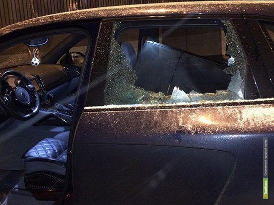 Хулиганы разбили автомобиль Юрия Жиркова