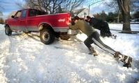 Снежная буря оставила без света 250 тысяч американцев