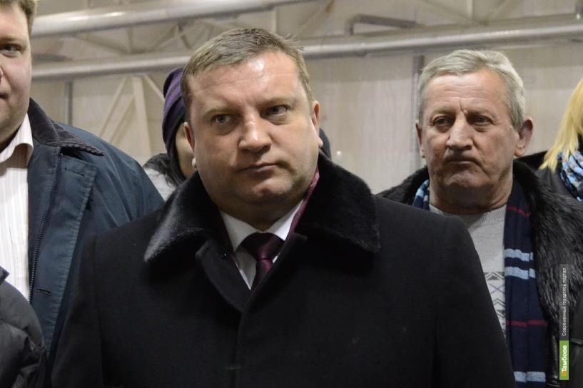 """Глава Тамбова очистит стадион """"Спартак"""" от снега"""