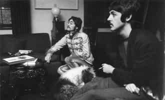Недавно найденную демозапись Маккартни и Леннона выставили на аукцион