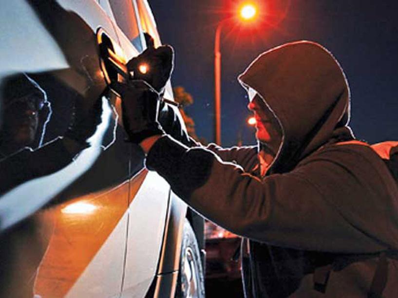 Полицейские вернули пенсионеру украденную у него автомагнитолу