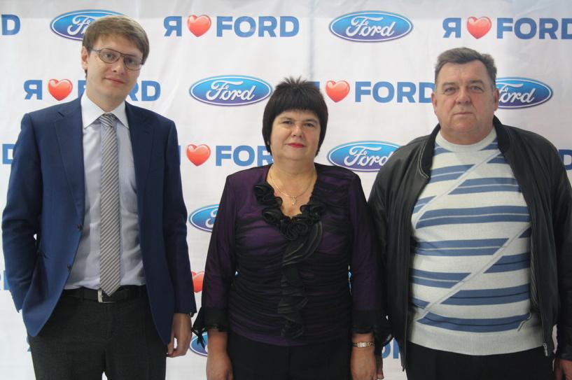 Дмитрий Наумов в очередной раз посетил автосалон «Глобус-Моторс»