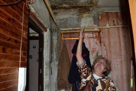 "Тамбовскую 9-этажку затопил ""ниагарский водопад"":фоторепортаж"