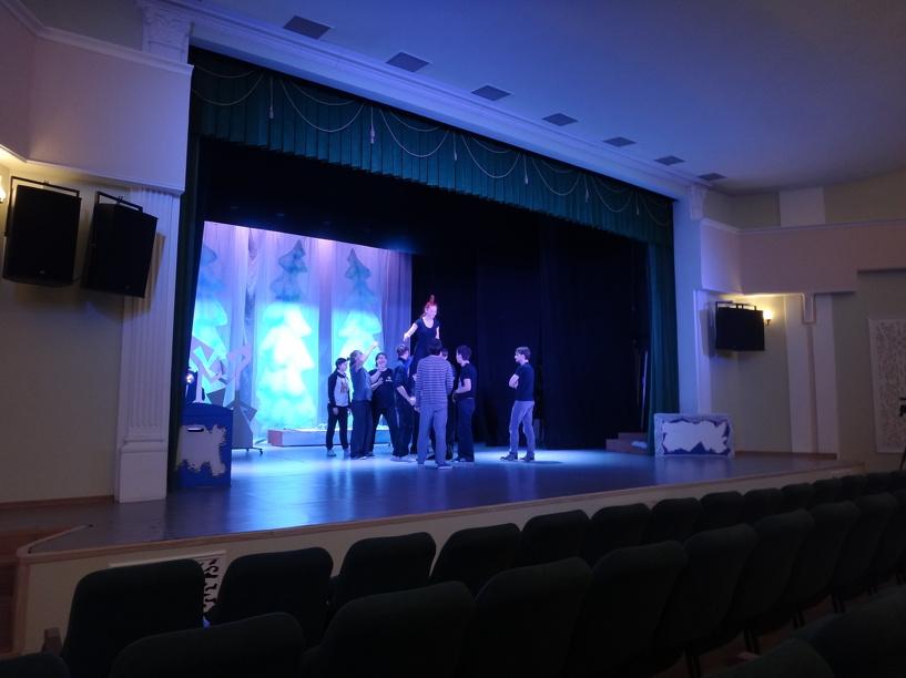 Актёры Тамбовского молодёжного театра покажут цирковые номера