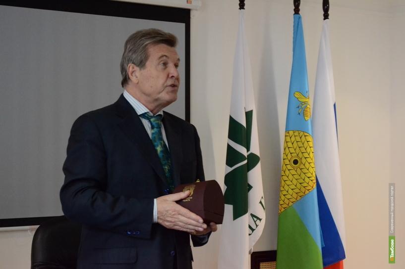 Лев Лещенко увез из областного центра тамбовского мужика