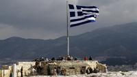 Греция огородилась стеной от мигрантов из Турции