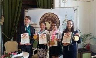 4 тамбовских школьника будут участвовать в телеигре «Умницы и Умники»