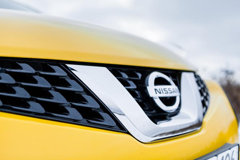 Вслед за курсом: теперь и Nissan снова повышает цены на автомобили