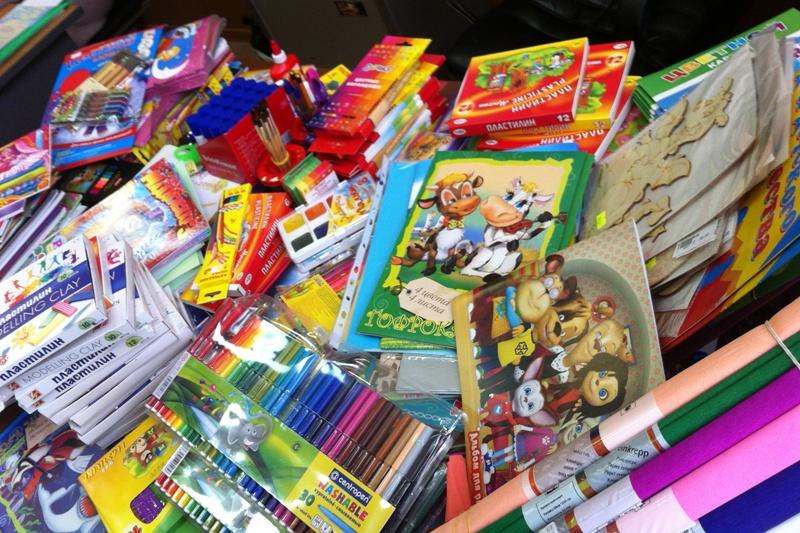 Детям из Украины в Тамбове подарят школьные принадлежности