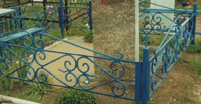 В Уварово пропадают калитки с могил