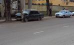 Водитель «семёрки» врезался в столб на улице Монтажников