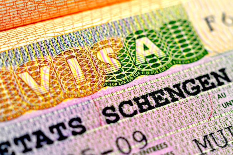 МИД РФ: закон о персональных данных не повлияет на выдачу шенгенских виз россиянам