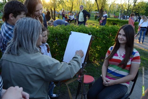 Студенты ТГТУ нарисуют прохожих