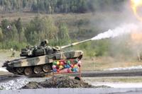 Первый день тагильской выставки вооружений: фоторепортаж