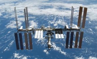 NASA будет доставлять астронавтов на МКС без помощи Роскосмоса