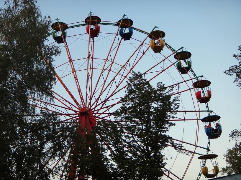 В городском парке культуры и отдыха аттракционы заработают досрочно